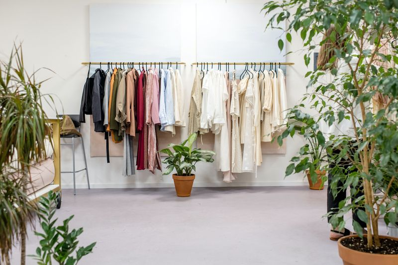 Step by step: How to build a capsule wardrobe