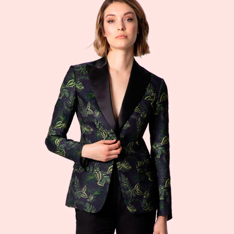 Cocktail attire for women? No problem!